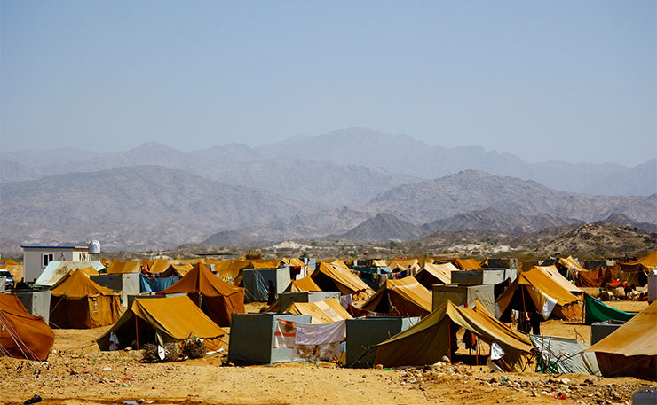 Mazrak camp in the tough mountainous scrublands of Yemen's north-west border with Saudi Arabia is now home to more than 10,000 people displaced by the escalating war between the government and rebels from the Houthi clan. (IMAGE: Annasofie Flamand, IRIN, Flickr)
