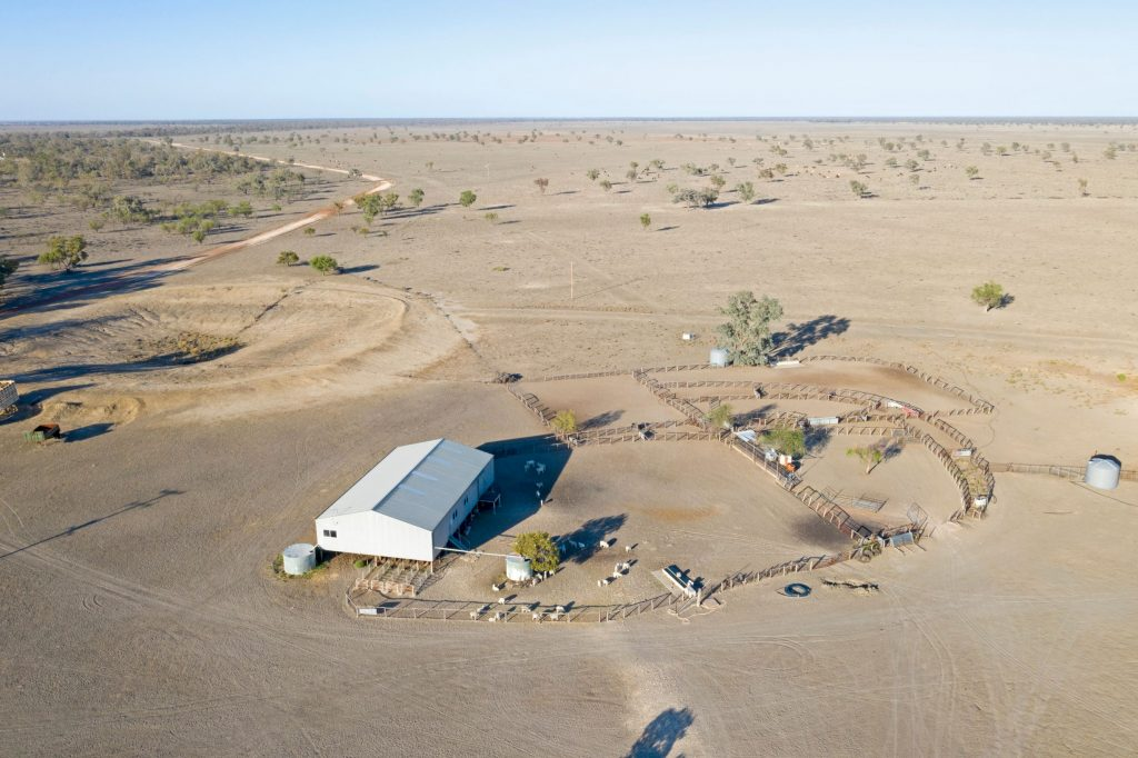drought, bushfires and floods damaging Australian farms and food production