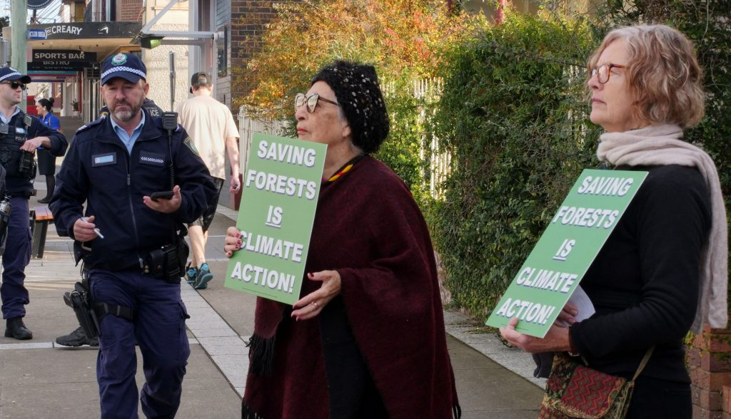 South Coast XR protest in Bega to raise alarm to climate emergency and protest against logging native forests