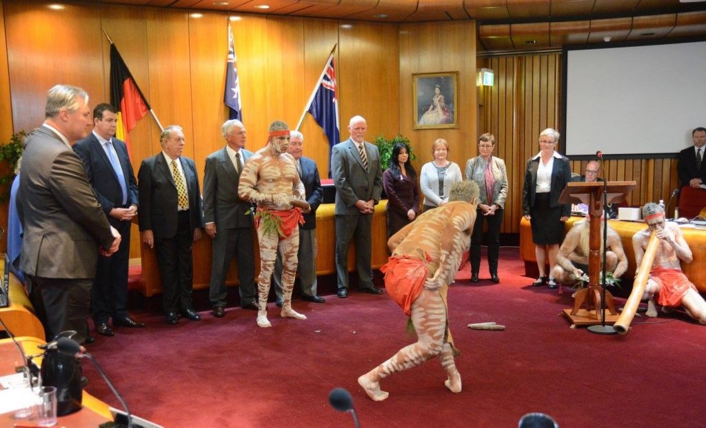 At the official taking on office of Mayor by Amanda Findley ceremony in October 2016 at Shoalhaven City Council in October 2016 a smoking ceremony performed by local indigenous community members replaced the traditional robing ceremony to acknowledge the traditional owners of the Shoalhaven region