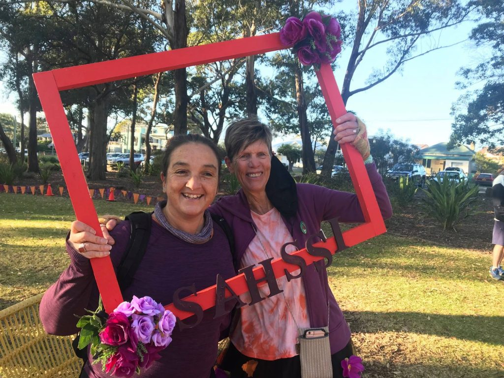 Nina Santangelo and Joanne Warren in picture frame at starting point in Huskisson for Sahssi30 event