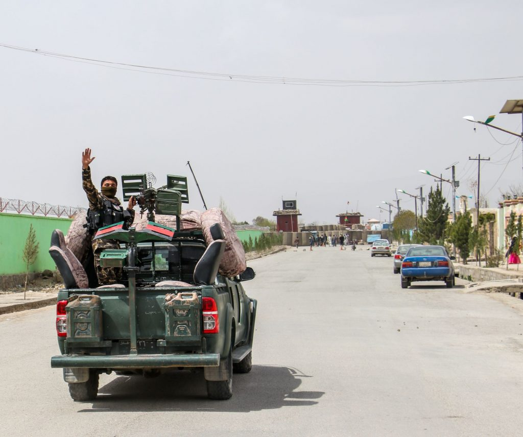 Afghani security forces leaving the city of Kabul in August 2021 after takeover of the Taliban